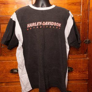 Harley-Davidson black tee with white stripes